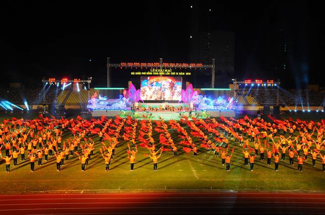 các tiết mục biểu diễn tại lễ khai mạc hội khỏe phù đổng toàn quốc lần thứ ix năm 2016 -